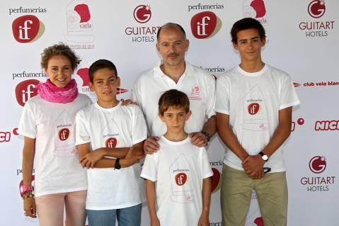 c8e18-Familia-Carla-Royo-Villanova.jpg