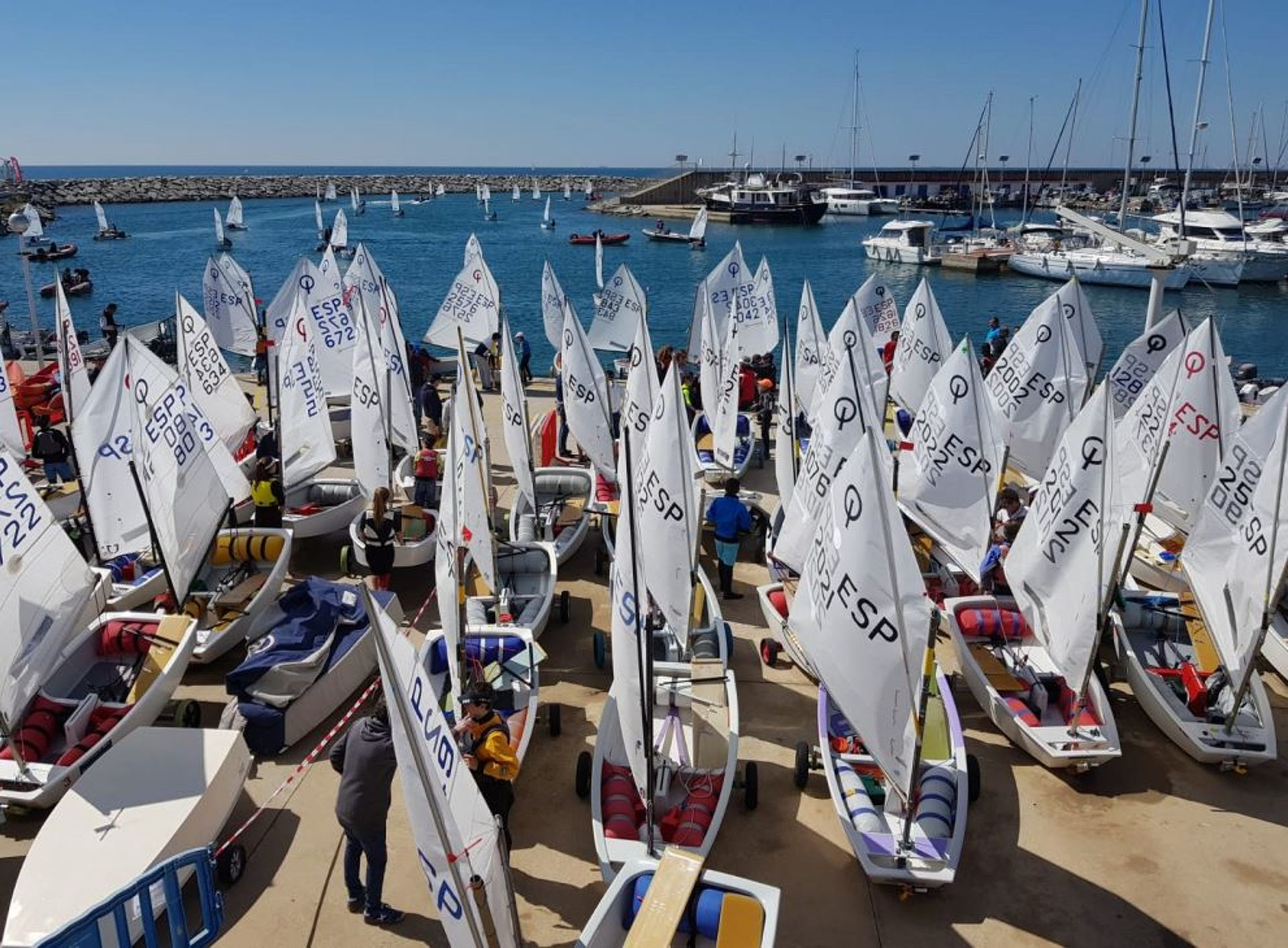 Participation of the Blanes team: Manresa, Piguillem and Gragera at the Optimist Championship of Catalonia.