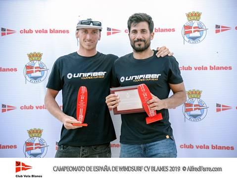 Els germans Manchón protagonistes del Campionat d'España de windsurf a Blanes. Curro es proclama campió d'España en Raceboard i Blanca domina de principi a fi el RS:X Femení. - 1