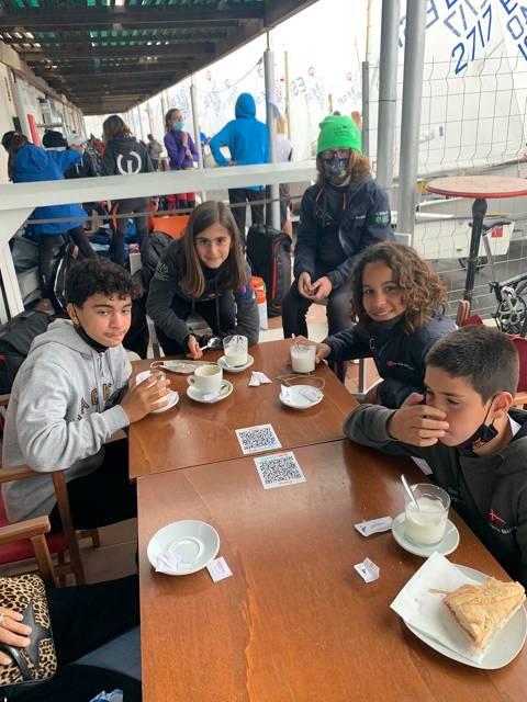 Tessa Aguirre, Ibai Ibarguren, Max Piguillem i els germans Hernàndez participen al Campionat de Catalunya d'Optimist. - 2