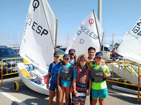 Bon debut dels optimist blanencs a la XIX ATENA REGATA Campionat Catalunya G-3