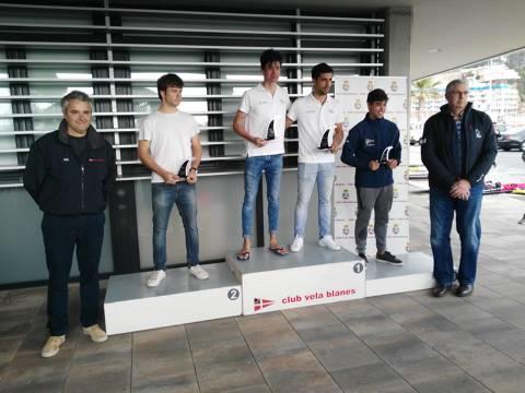 Marc Tusquets del CVB, a la classe Raceboard, Campió del Trofeu Primavera N2 - 1