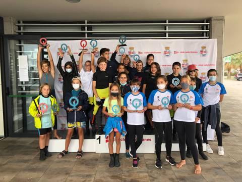 L'Equip de la classe Optimist i els integrants de l'Escola de Vela participen en un Trofeu Tardor N3 entre amics. - 1