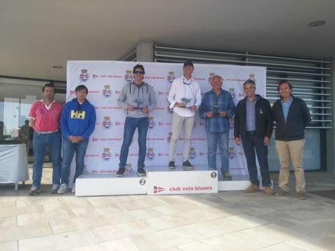 Rafa Rabasa en Europa, Eduardo Ferrer/Carlos de Maqua en 420 i José Luís Doreste en Finn, guanyadors absoluts al Trofeu Primavera N2 - 6