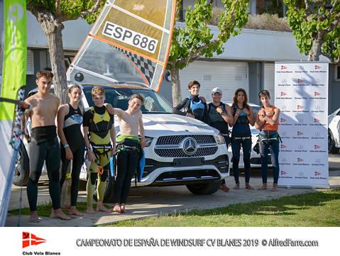Mes d'un centenar i mig de regatistes al Campionat d'Espanya de windsurf a la badia de Blanes - 2