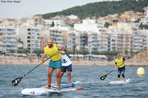 Èxit de participació al ?I Gran Premi de Paddle Surf Costa Brava' de Blanes amb més d'un centenar de participants - 2
