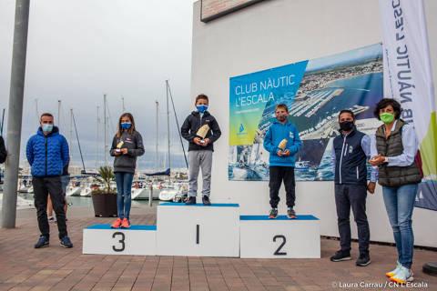 Tessa Aguirre pòdium a la primera regata del Circuït Català de Vela Infantil a Catalunya 2020/2021