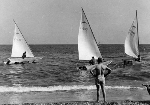 El Club de Vela Blanes va organitzar dues edicions del Campionat d'Espanya de Patins (1951 i 1955)  - 6
