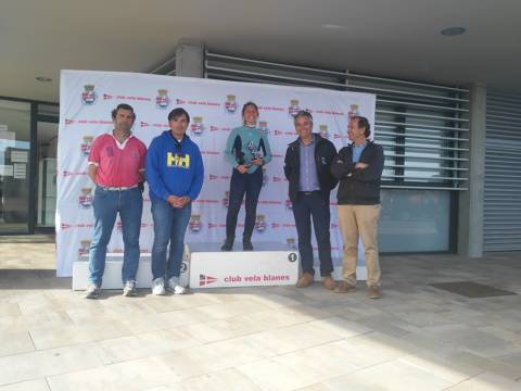 Rafa Rabasa en Europa, Eduardo Ferrer/Carlos de Maqua en 420 i José Luís Doreste en Finn, guanyadors absoluts al Trofeu Primavera N2 - 5