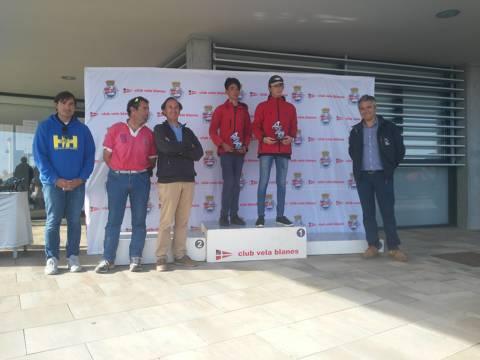 Rafa Rabasa en Europa, Eduardo Ferrer/Carlos de Maqua en 420 i José Luís Doreste en Finn, guanyadors absoluts al Trofeu Primavera N2 - 4