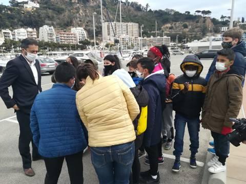50 escolars de l'Escola Mossen Joan Batlle participen a les Jornades de Recollida de Residus al Mar inclòs al 'Let's Clean Europe'. - 3