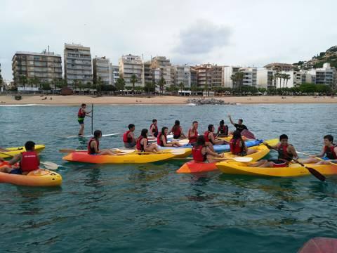 Èxit, sense precedents, de l'activitat del Bateig de Mar entre les escoles de Blanes - 4