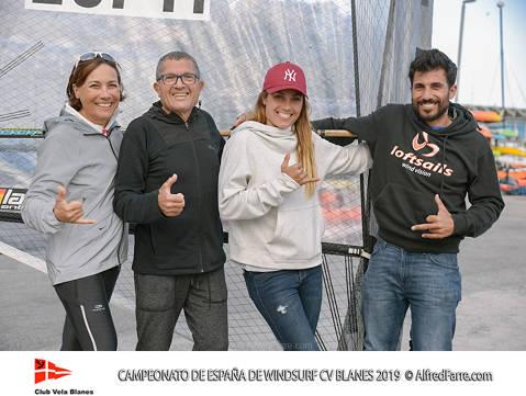 Els germans Manchón protagonistes del Campionat d'España de windsurf a Blanes. Curro es proclama campió d'España en Raceboard i Blanca domina de principi a fi el RS:X Femení. - 7