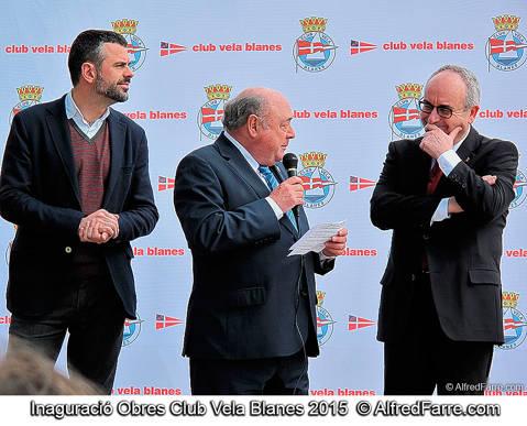 El conseller de Territori i Sostenibilitat, Santi Vila, inaugura les noves instal·lacions del CVB, acompanyat de l'alcalde de Blanes, Josep Marigó, i el president del Club, Amadeu Nualart.