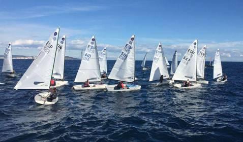 Els regatistes de la classe Europa inicien la temporada al Campionat Catalunya