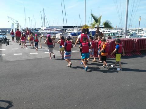 Èxit, sense precedents, de l'activitat del Bateig de Mar entre les escoles de Blanes - 1
