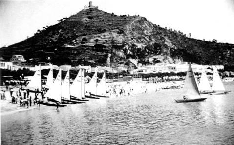 El Club de Vela Blanes va organitzar dues edicions del Campionat d'Espanya de Patins (1951 i 1955)  - 1