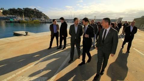 El president del CVB acompanya al conseller de Territori i Sostenibilitat, Damià Calvet, i l'alcalde de Blanes, en la seva visita al Port de Blanes.
