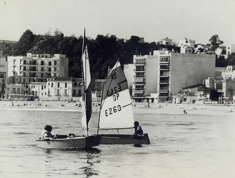 A la dècada dels 70 la família Depares, va ser l'ànima dels optimist en el Club Vela Blanes - 4
