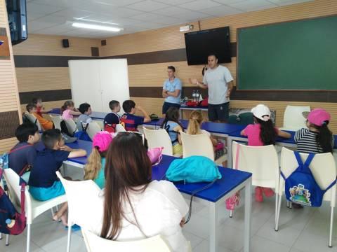 Èxit, sense precedents, de l'activitat del Bateig de Mar entre les escoles de Blanes