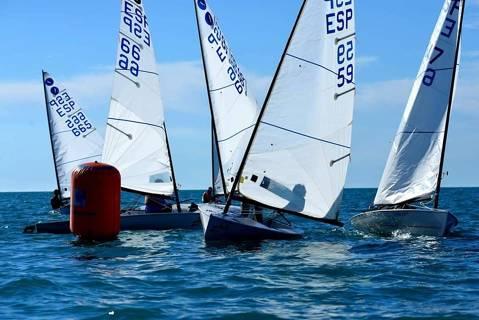 Boronat, Vilariño, Gragera i els germans Manresa participen al Campionat Catalunya classe Europa - 2